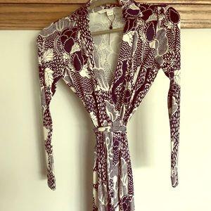 New never worn DIANE VON FURSTENBERG wrap dress 0